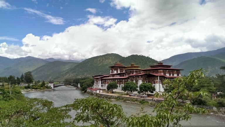 bhutan landschaft natur aussicht geborgenheit
